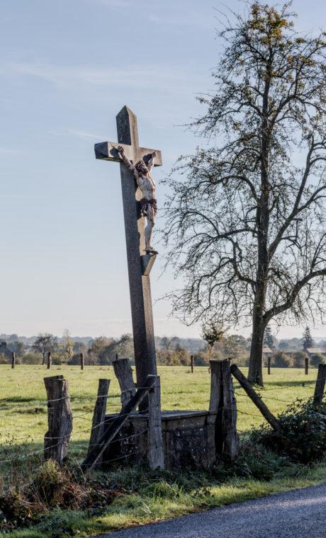 su cruz, nuestra cruz